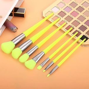 ❤️ 7 pcs Makeup Brushes Set 10400